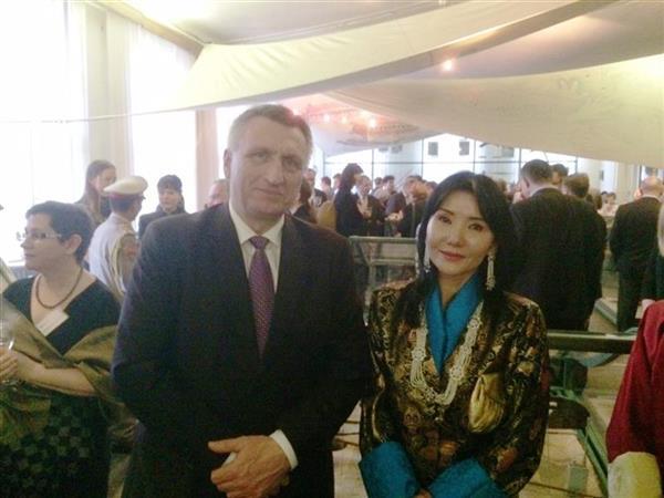 Královna matka Bhútánského království zahájila výstavu BHÚTÁN - země blízko nebe