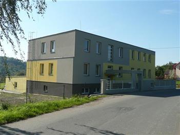 Provozovna firmy Ing. Karel Váňa, dodavatele kancelářských židlí a křesel od firmy TOPSTAR GmbH.