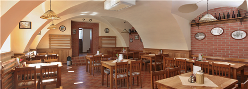 Interiér Pradědovi restaurace v Jeseníku v Hotelu Praděd