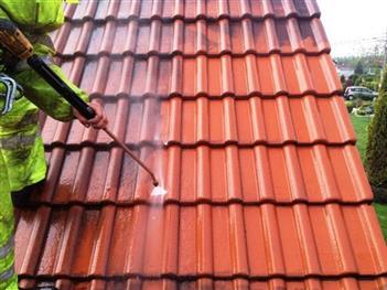 čištění střechy vysokotlakou myčkou - Hlincová hora