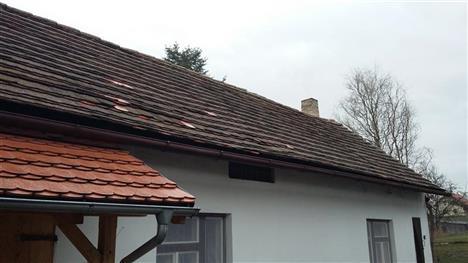 rekonstrukce střechy Jankov - před rekonstrukcí