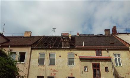 Rekonstrukce střechy Dobrovodská České Budějovice ( před rekonstrukcí )