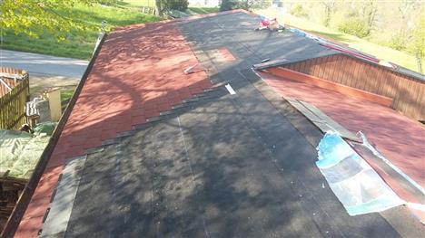 Rekonstrukce střechy - Hluboká nad Vltavou