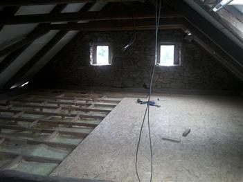 podlaha v podkroví - Římov