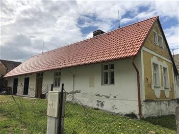 Rekonstrukce střechy - Dobrkovská Lhotka - po rekonstrukci