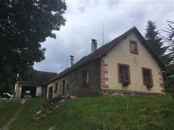 Rekonstrukce střechy Práčov - Český Krumlov (před rekonstrukcí)